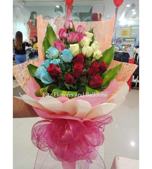 Rose Bouquet of Four Colors